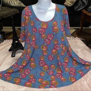 LuLaRoe Shirt size Medium